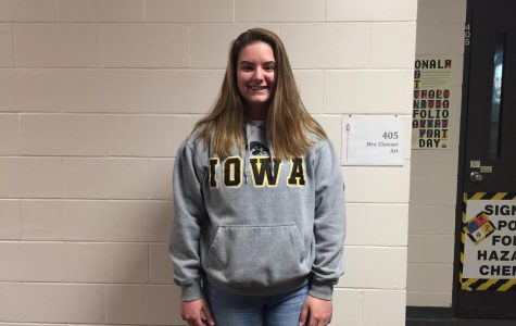 November Cheerleader of the Month: Taylor Nepper