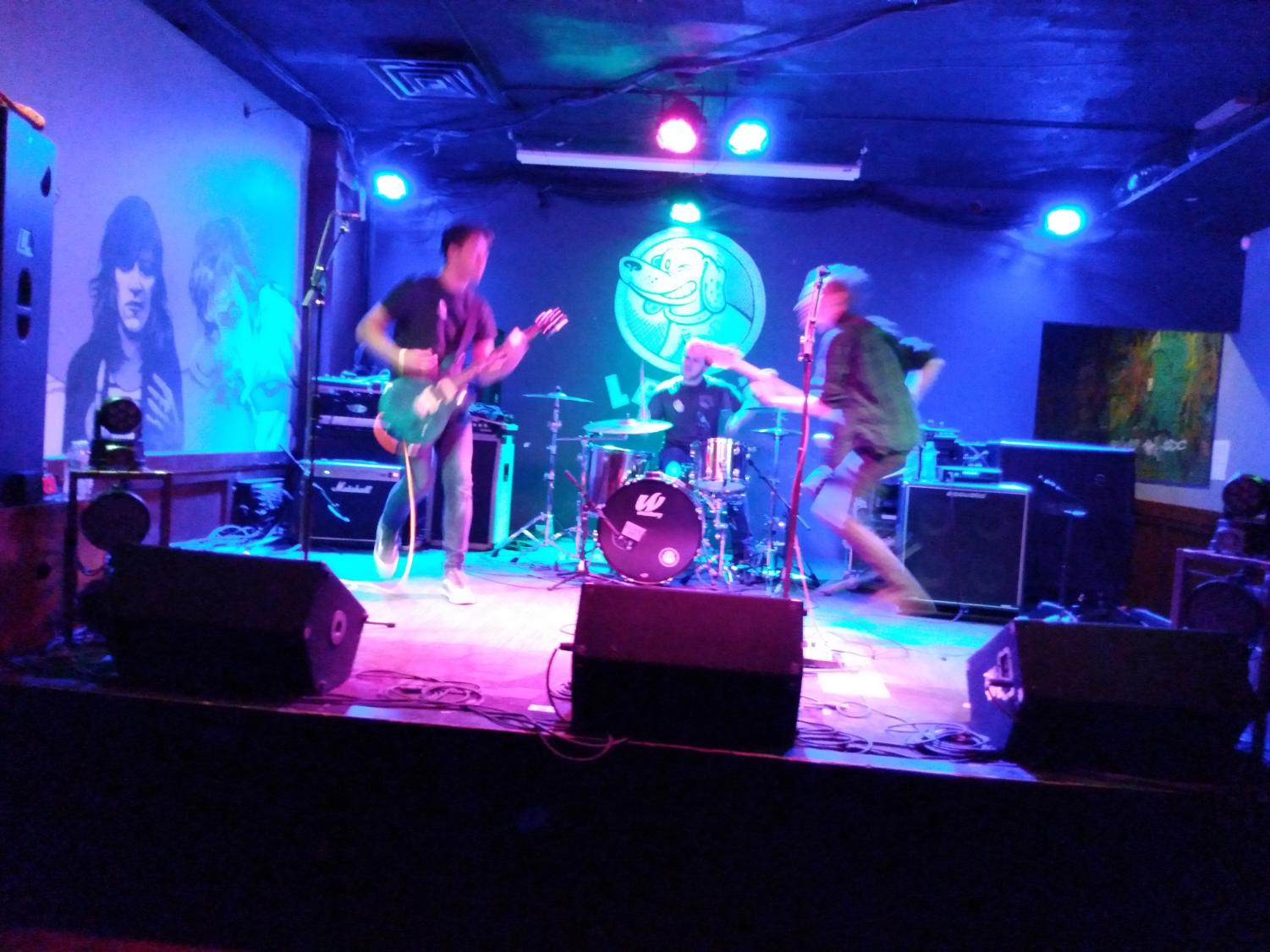 Played Out performing at Lefty's Live Music on 11/08/19.