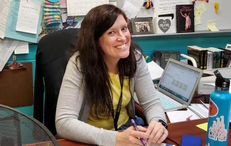 October Teacher of the Month: Beth Knipper