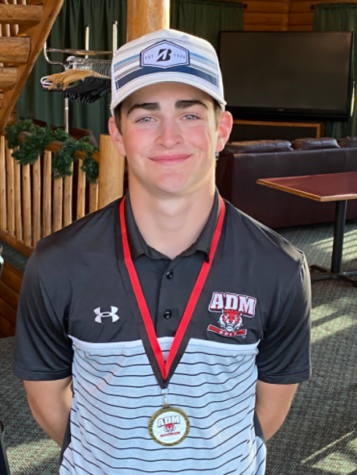 May Golf Athlete of the Month - Sam Hlas